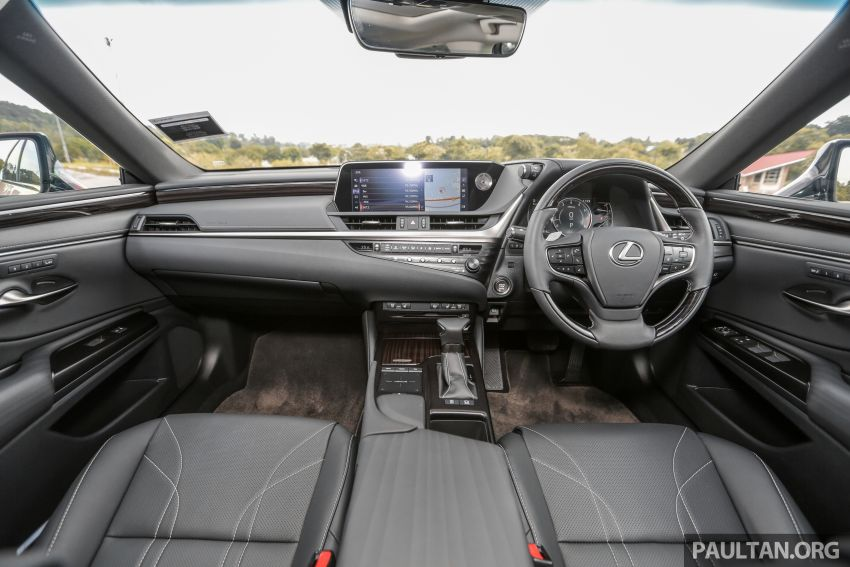 FIRST DRIVE: 2019 Lexus ES 250 Luxury – RM333k Image #1038388