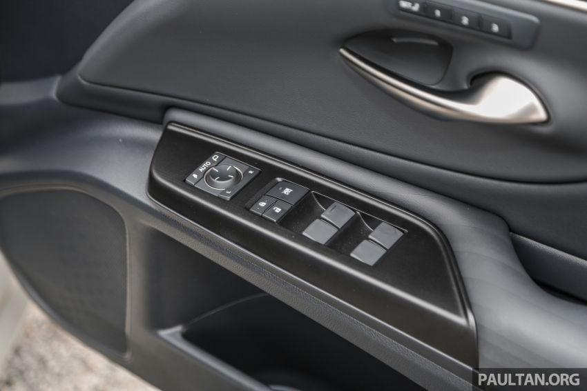FIRST DRIVE: 2019 Lexus ES 250 Luxury – RM333k Image #1038417