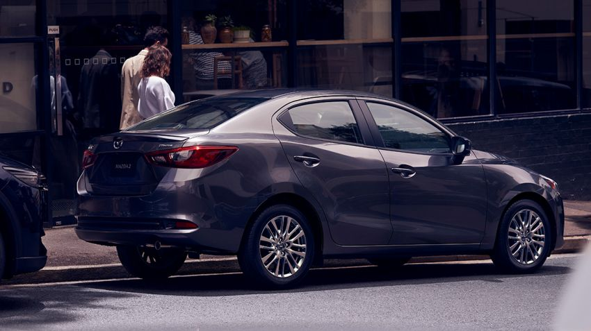 Mazda 2 Sedan facelift shown in Mexico with new look Image #1045881
