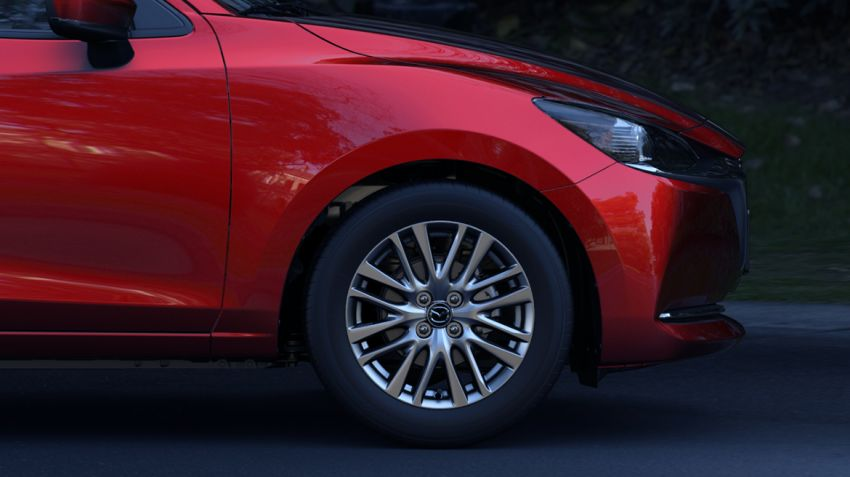 Mazda 2 Sedan facelift shown in Mexico with new look Image #1045884