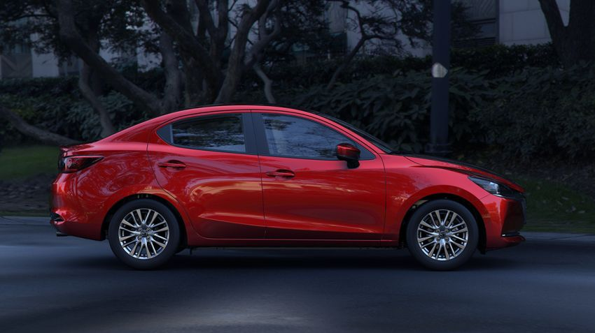 Mazda 2 Sedan facelift shown in Mexico with new look Image #1045885