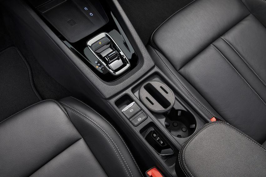 New Skoda Octavia – bigger, more tech, new iV PHEV Image #1044937