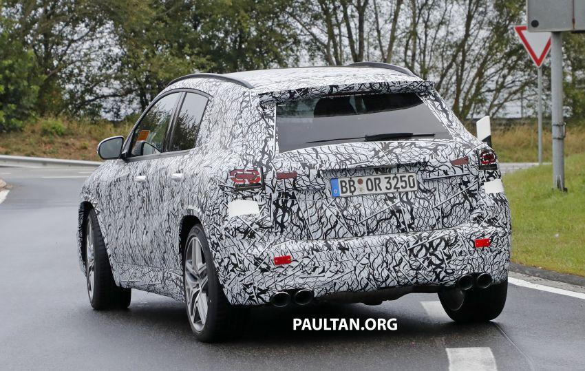 Next-gen Mercedes-Benz GLA teased – Dec 11 debut Image #1051073