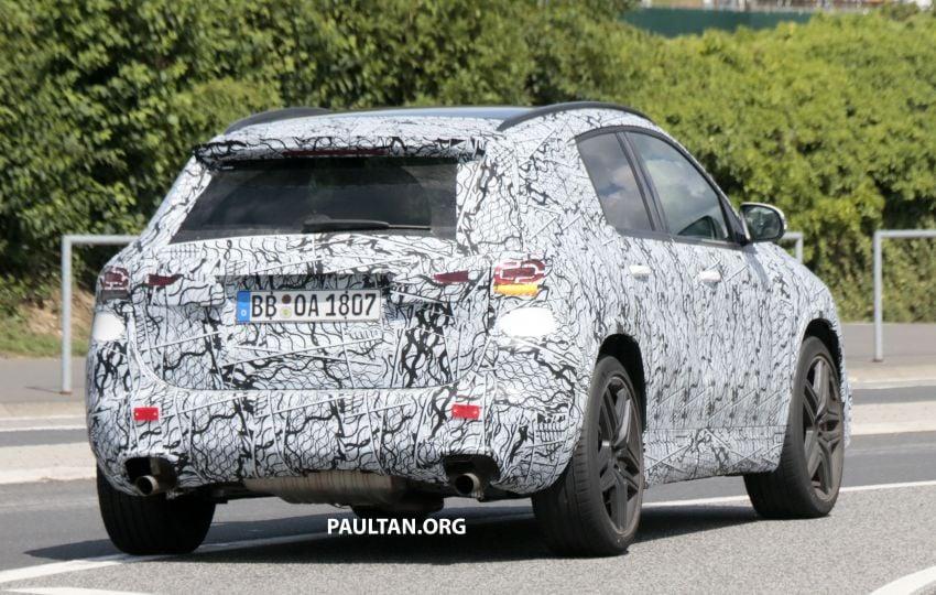 Next-gen Mercedes-Benz GLA teased – Dec 11 debut Image #1051087
