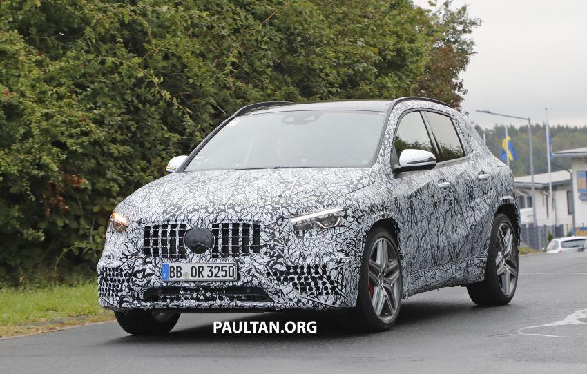 Next-gen Mercedes-Benz GLA teased – Dec 11 debut Image #1051063