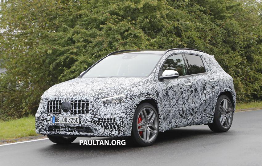 Next-gen Mercedes-Benz GLA teased – Dec 11 debut Image #1051064
