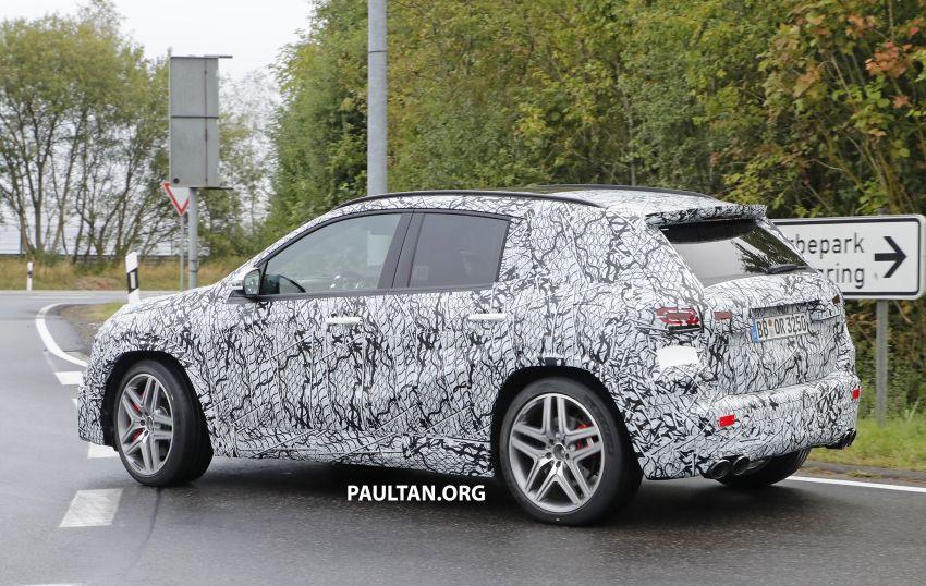 Next-gen Mercedes-Benz GLA teased – Dec 11 debut Image #1051069