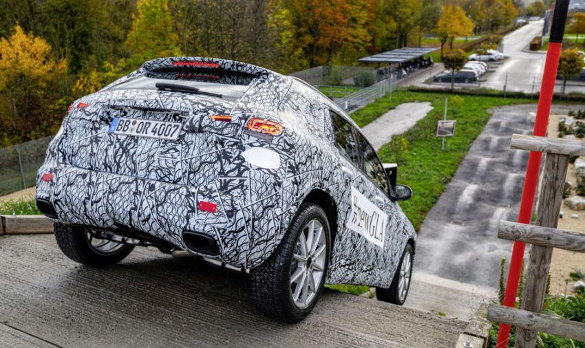 Next-gen Mercedes-Benz GLA teased – Dec 11 debut Image #1051021