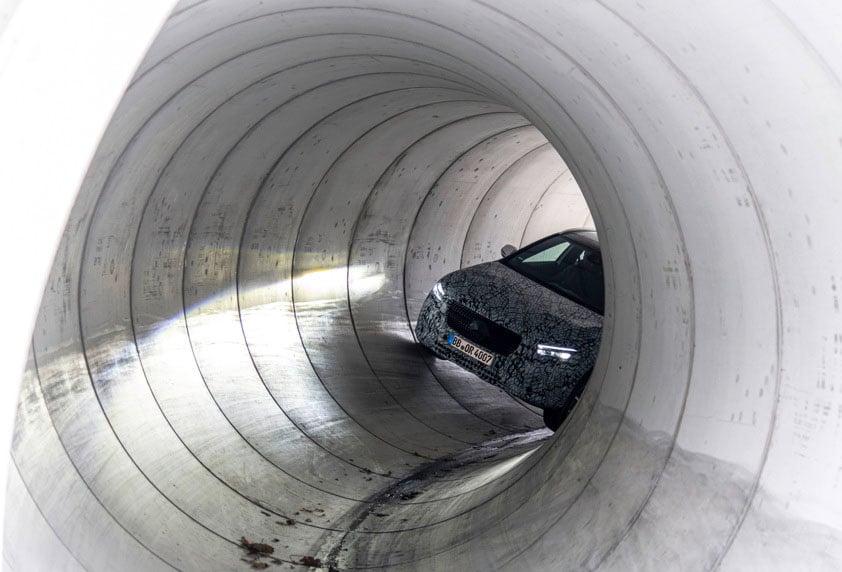 Next-gen Mercedes-Benz GLA teased – Dec 11 debut Image #1051022