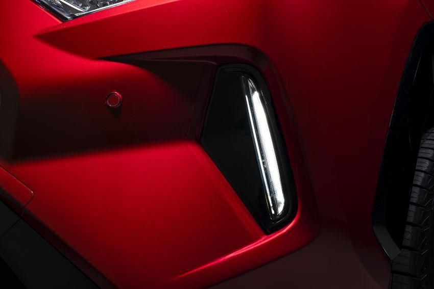 Toyota RAV4 Prime – plug-in hybrid SUV with 302 hp Image #1049401