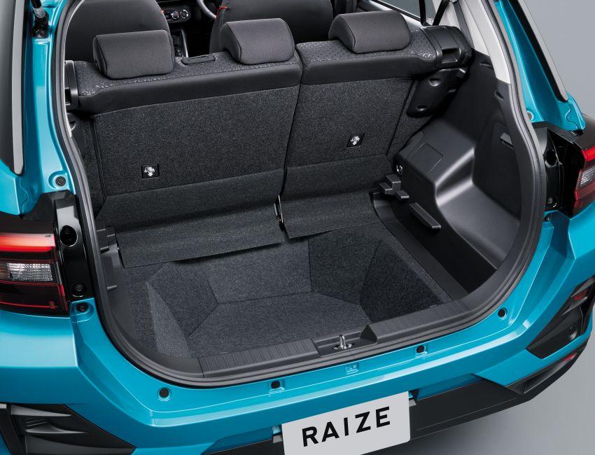 Toyota Raize didedahkan – <em>rebadge</em> dari Daihatsu Rocky, enjin 1.0 liter tiga-silinder, harga dari RM64k Image #1040582