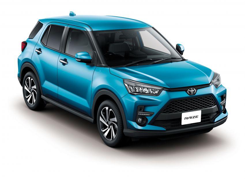 Toyota Raize didedahkan – <em>rebadge</em> dari Daihatsu Rocky, enjin 1.0 liter tiga-silinder, harga dari RM64k Image #1040604