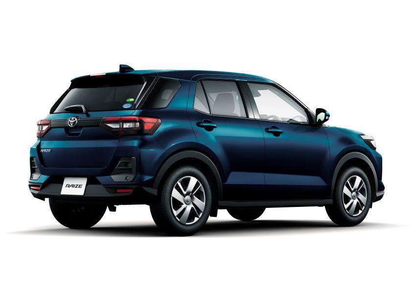 Toyota Raize didedahkan – <em>rebadge</em> dari Daihatsu Rocky, enjin 1.0 liter tiga-silinder, harga dari RM64k Image #1040623