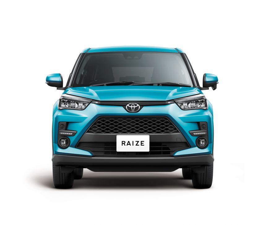 Toyota Raize didedahkan – <em>rebadge</em> dari Daihatsu Rocky, enjin 1.0 liter tiga-silinder, harga dari RM64k Image #1040568