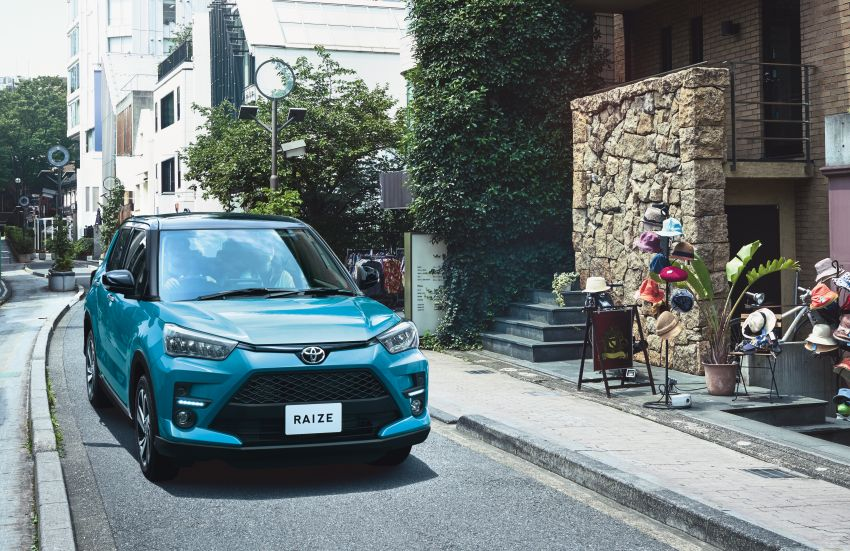 Toyota Raize didedahkan – <em>rebadge</em> dari Daihatsu Rocky, enjin 1.0 liter tiga-silinder, harga dari RM64k Image #1040571
