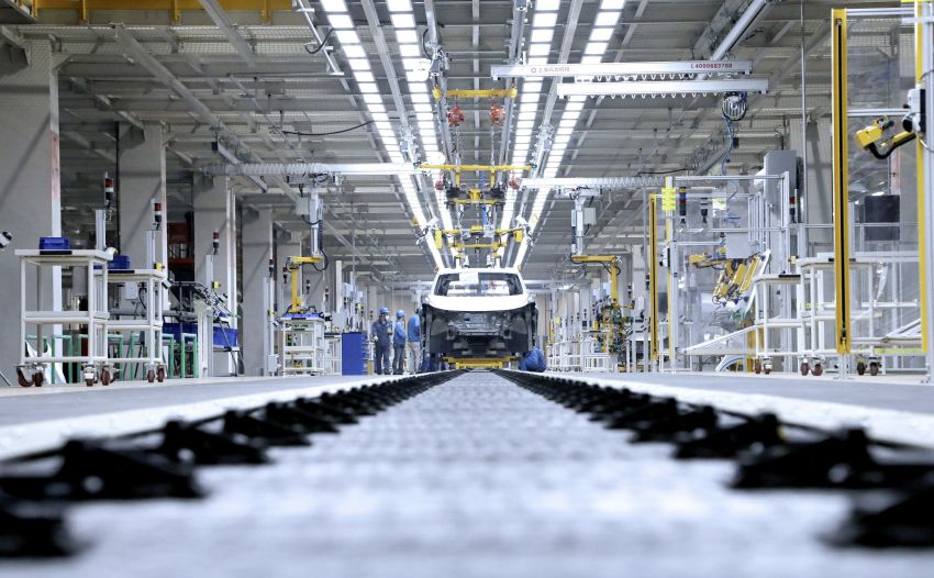Volkswagen starts EV pre-production in Anting, China Image #1044310