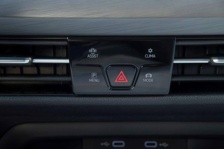 MEGA GALLERY: Volkswagen Golf Mk8 gets detailed Image #1052613