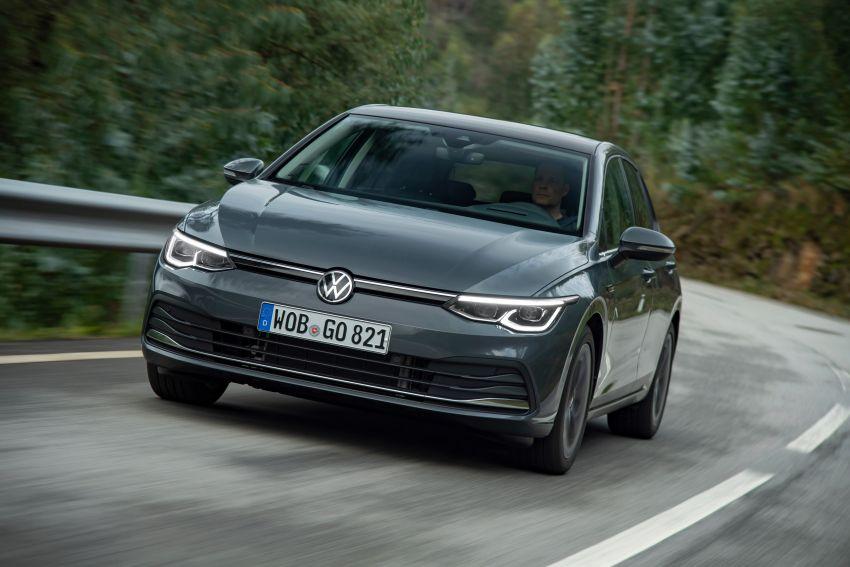 MEGA GALLERY: Volkswagen Golf Mk8 gets detailed Image #1052637