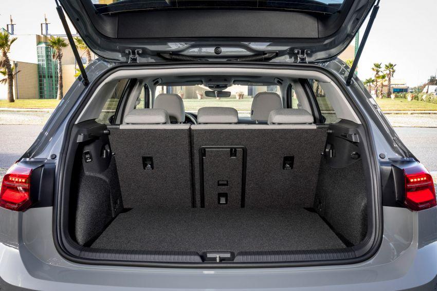 MEGA GALLERY: Volkswagen Golf Mk8 gets detailed Image #1052511