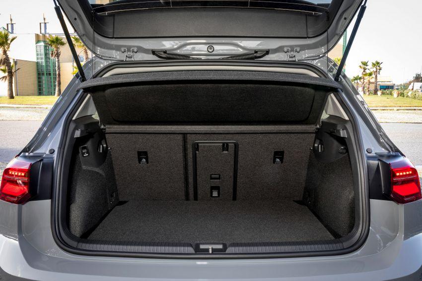 MEGA GALLERY: Volkswagen Golf Mk8 gets detailed Image #1052517