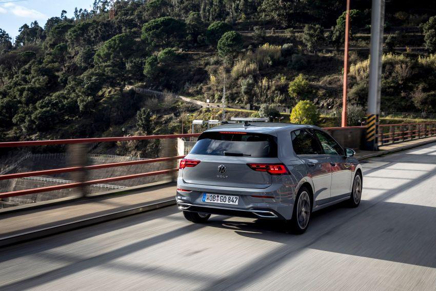 MEGA GALLERY: Volkswagen Golf Mk8 gets detailed Image #1052531