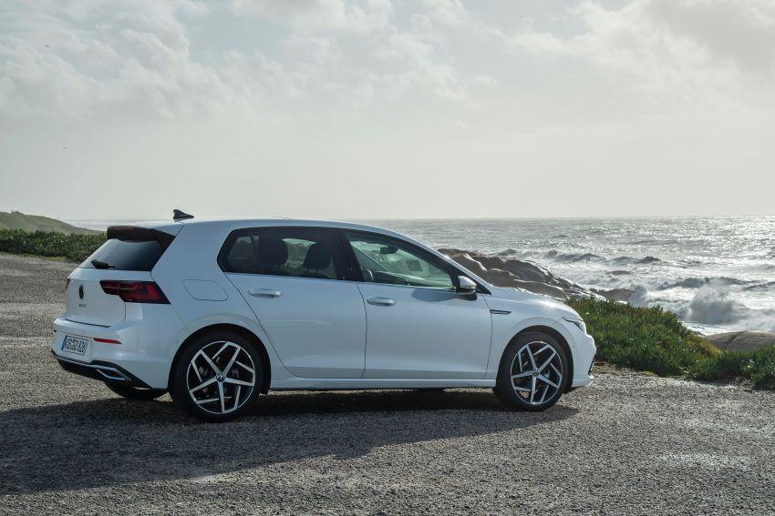 MEGA GALLERY: Volkswagen Golf Mk8 gets detailed Image #1052541