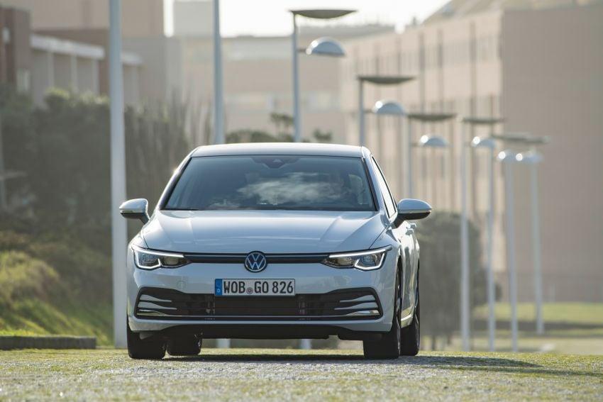 MEGA GALLERY: Volkswagen Golf Mk8 gets detailed Image #1052564