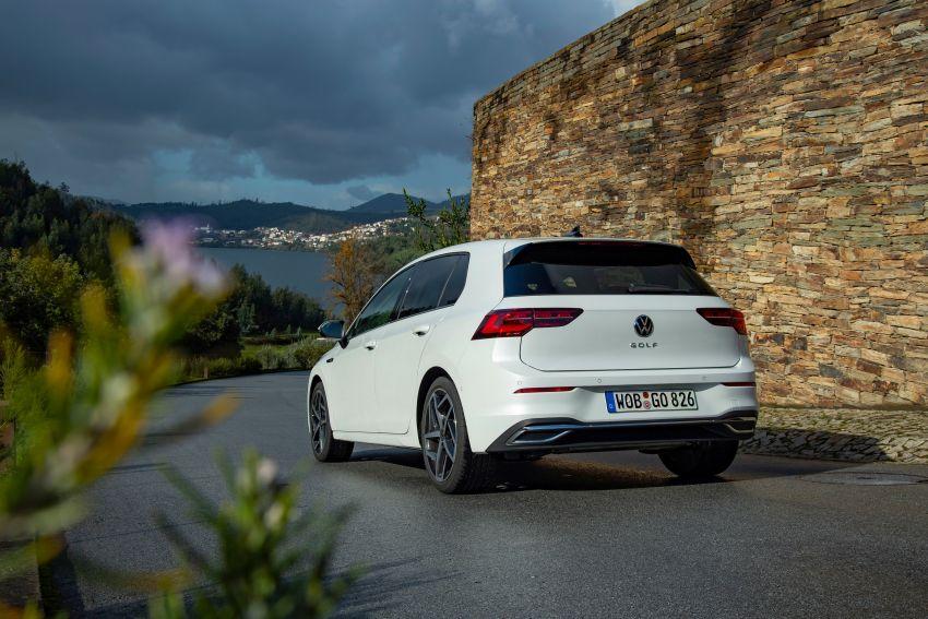 MEGA GALLERY: Volkswagen Golf Mk8 gets detailed Image #1052577