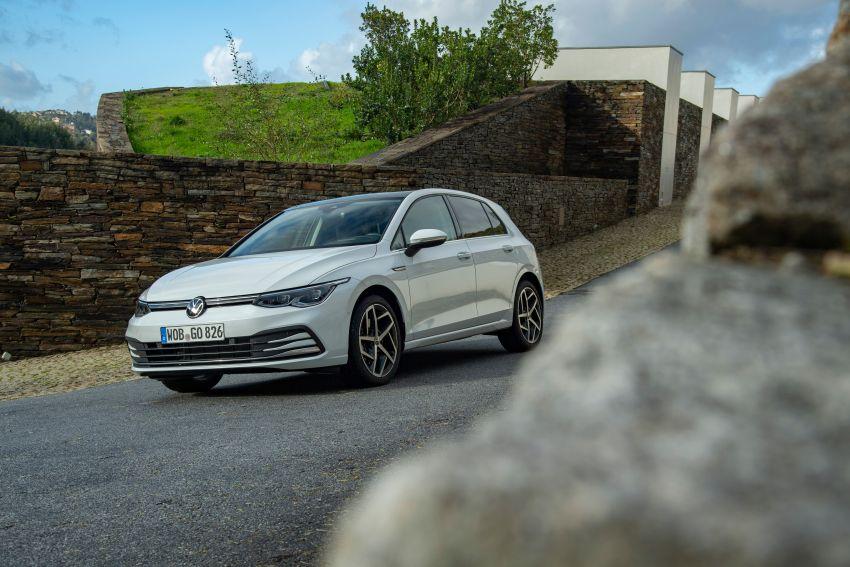 MEGA GALLERY: Volkswagen Golf Mk8 gets detailed Image #1052580