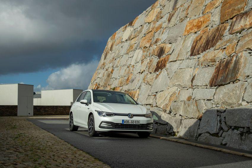 MEGA GALLERY: Volkswagen Golf Mk8 gets detailed Image #1052582