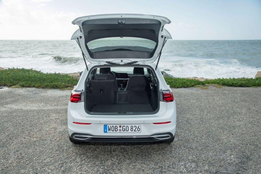 MEGA GALLERY: Volkswagen Golf Mk8 gets detailed Image #1052594