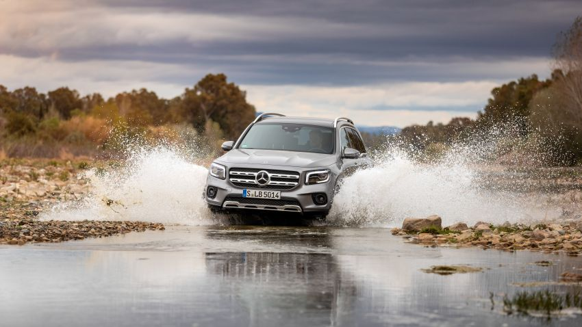 X247 Mercedes-Benz GLB coming to Malaysia in 2020 – all you need to know about the 7-seat compact SUV Image #1052121