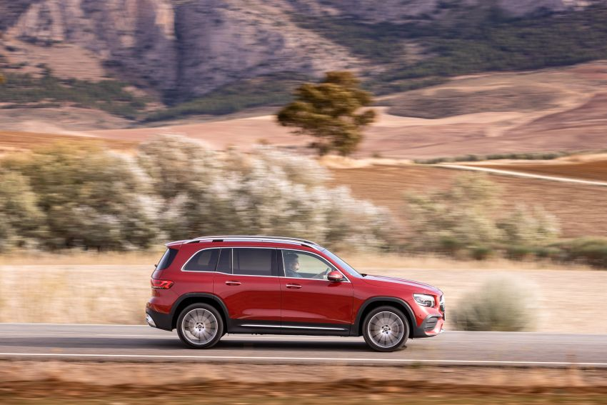 X247 Mercedes-Benz GLB coming to Malaysia in 2020 – all you need to know about the 7-seat compact SUV Image #1051946