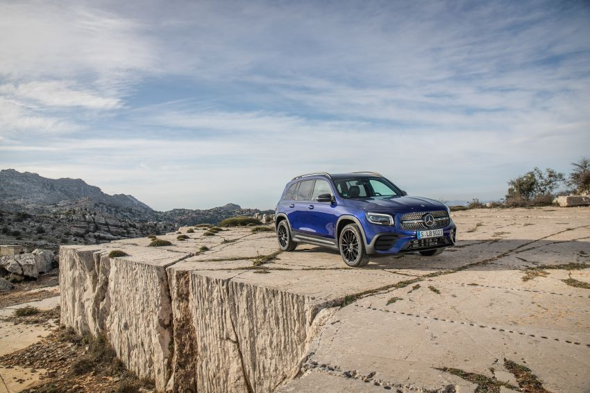 X247 Mercedes-Benz GLB coming to Malaysia in 2020 – all you need to know about the 7-seat compact SUV Image #1051991