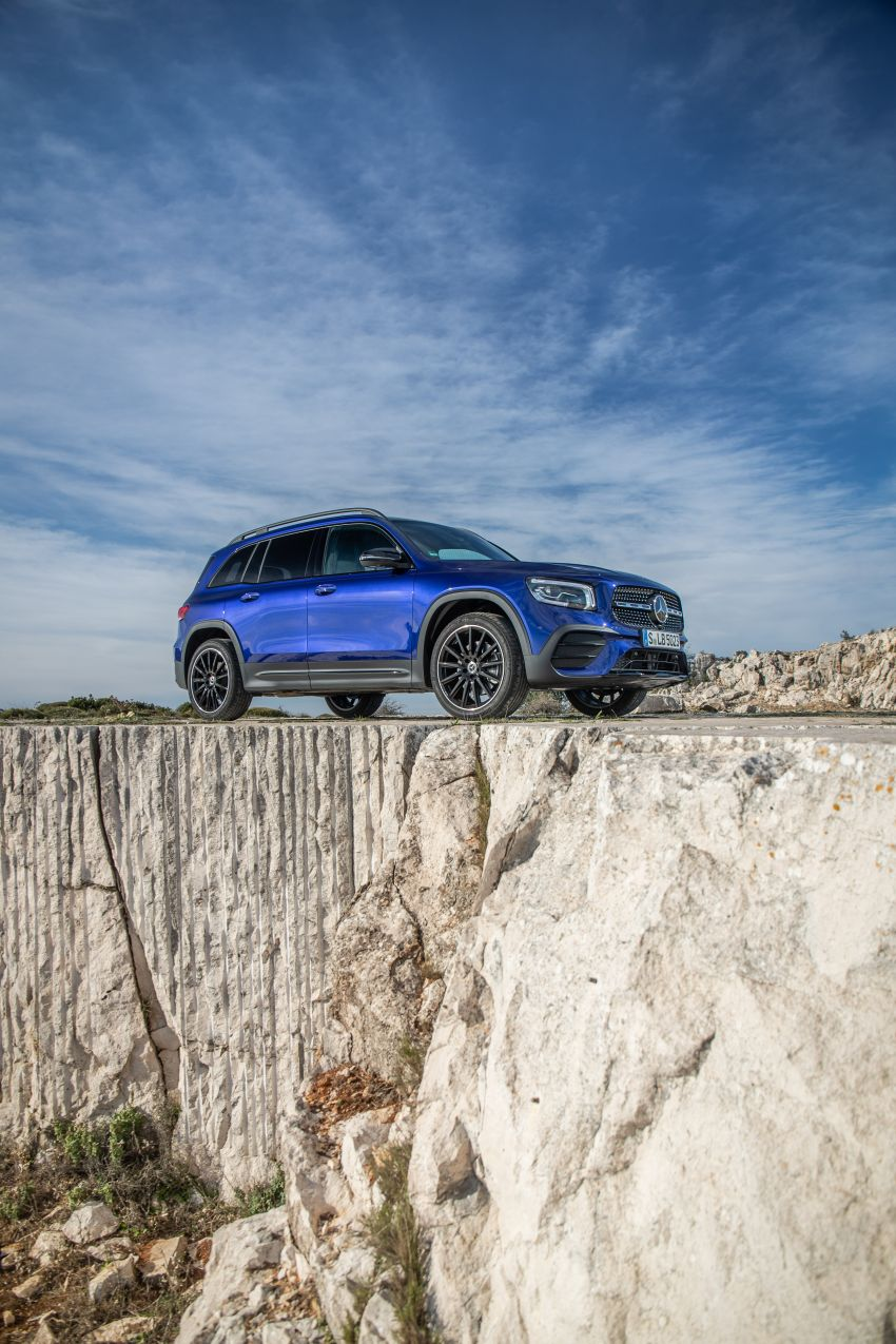 X247 Mercedes-Benz GLB coming to Malaysia in 2020 – all you need to know about the 7-seat compact SUV Image #1051993