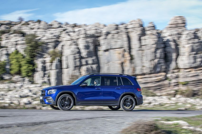 X247 Mercedes-Benz GLB coming to Malaysia in 2020 – all you need to know about the 7-seat compact SUV Image #1052033