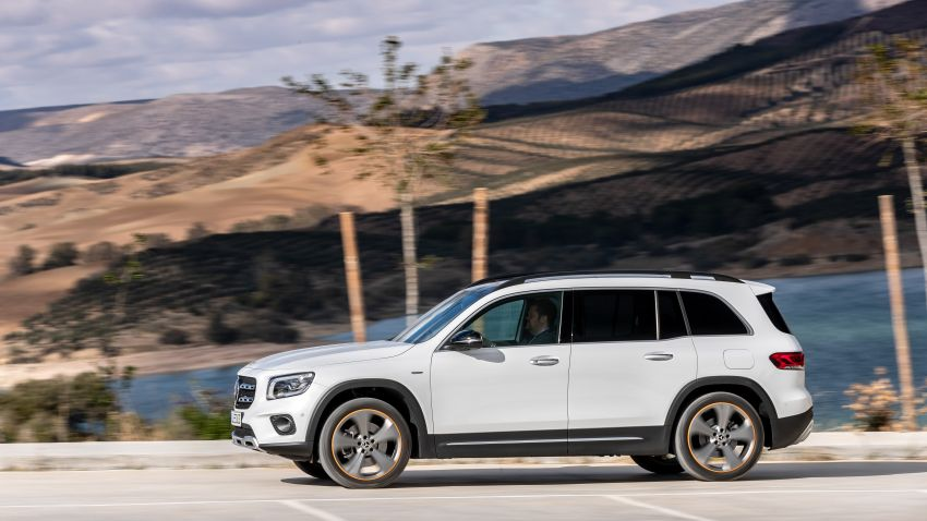 X247 Mercedes-Benz GLB coming to Malaysia in 2020 – all you need to know about the 7-seat compact SUV Image #1051867