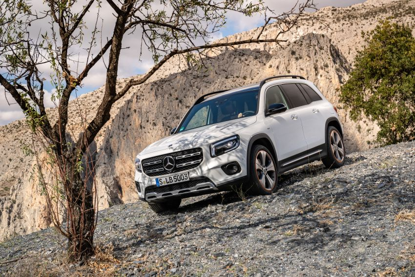 X247 Mercedes-Benz GLB coming to Malaysia in 2020 – all you need to know about the 7-seat compact SUV Image #1051870