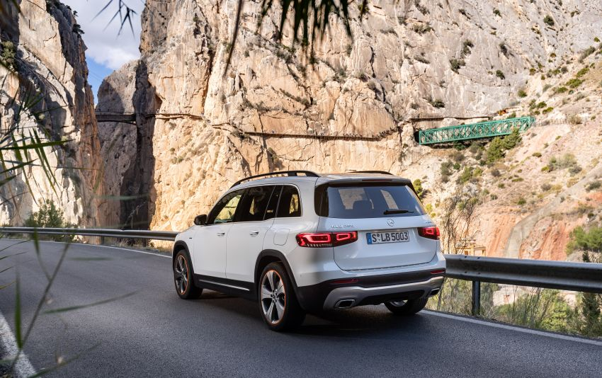 X247 Mercedes-Benz GLB coming to Malaysia in 2020 – all you need to know about the 7-seat compact SUV Image #1051875