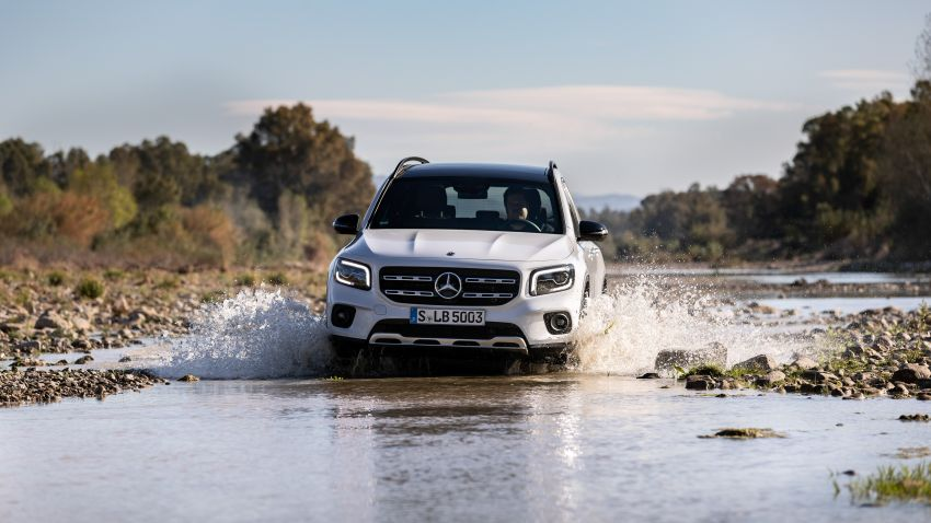 X247 Mercedes-Benz GLB coming to Malaysia in 2020 – all you need to know about the 7-seat compact SUV Image #1051895