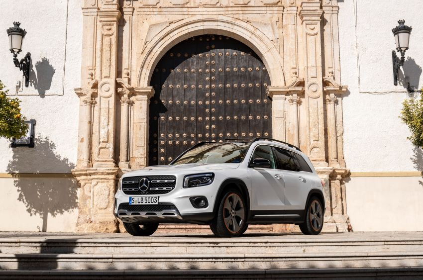 X247 Mercedes-Benz GLB coming to Malaysia in 2020 – all you need to know about the 7-seat compact SUV Image #1051897