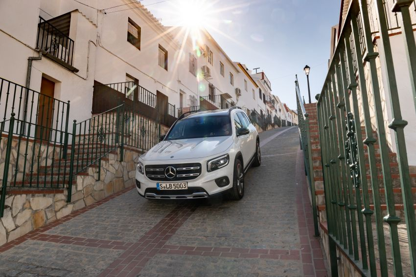 X247 Mercedes-Benz GLB coming to Malaysia in 2020 – all you need to know about the 7-seat compact SUV Image #1051899