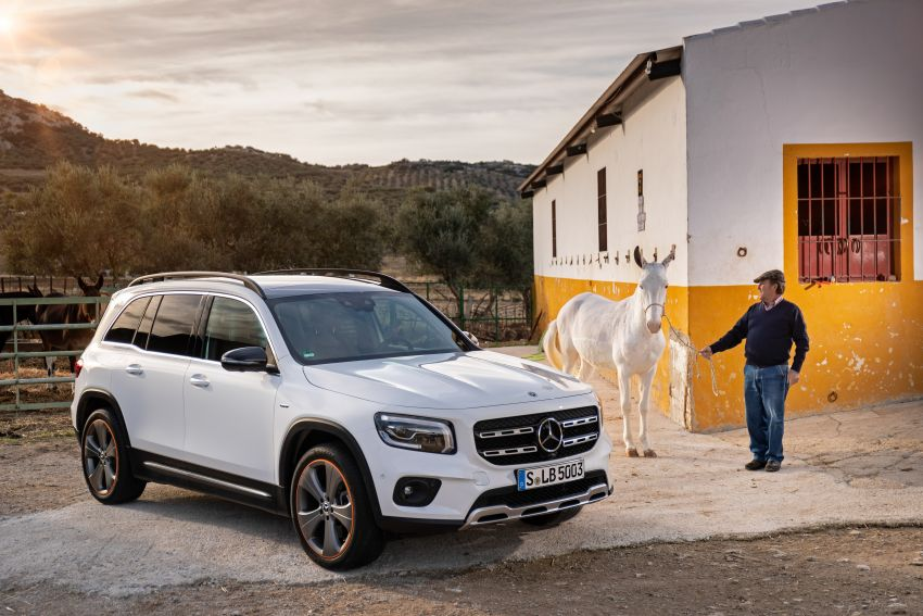 X247 Mercedes-Benz GLB coming to Malaysia in 2020 – all you need to know about the 7-seat compact SUV Image #1051919