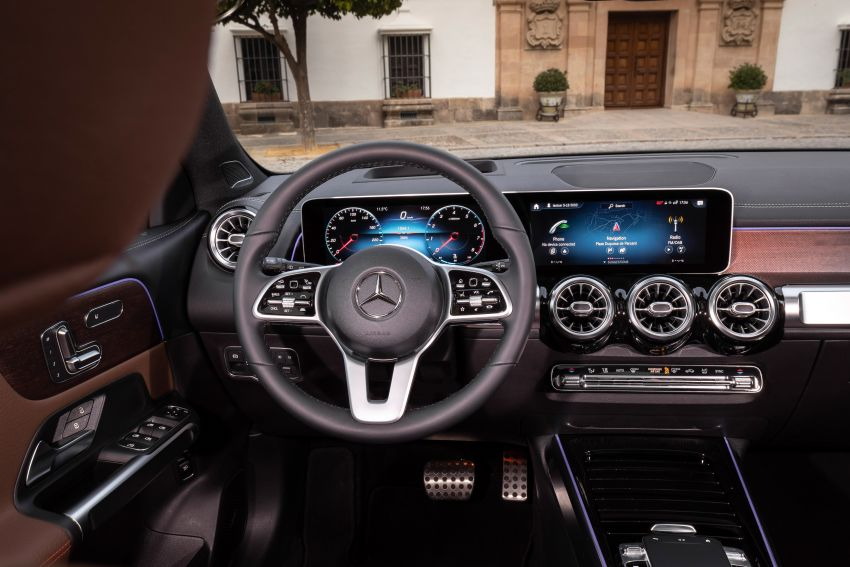 X247 Mercedes-Benz GLB coming to Malaysia in 2020 – all you need to know about the 7-seat compact SUV Image #1051924