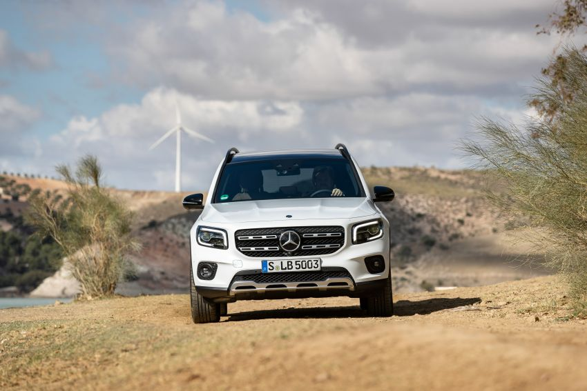X247 Mercedes-Benz GLB coming to Malaysia in 2020 – all you need to know about the 7-seat compact SUV Image #1051858