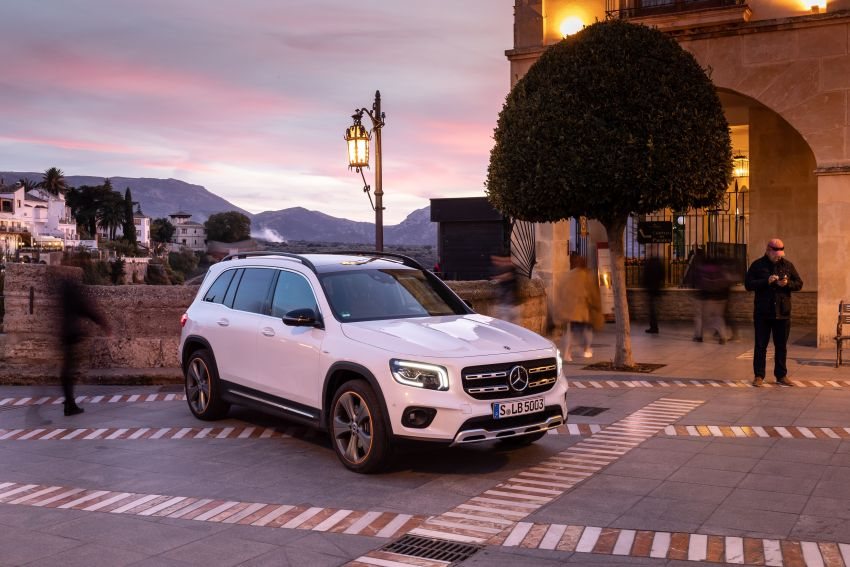 X247 Mercedes-Benz GLB coming to Malaysia in 2020 – all you need to know about the 7-seat compact SUV Image #1051929
