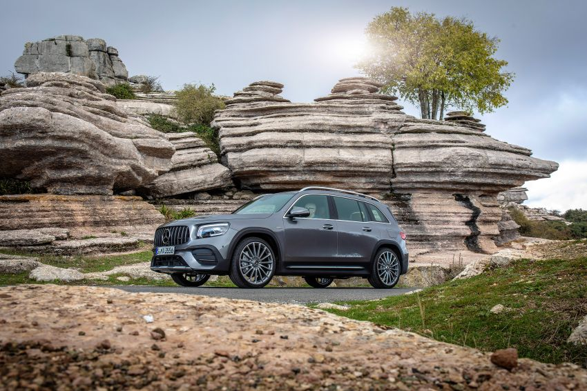 X247 Mercedes-Benz GLB coming to Malaysia in 2020 – all you need to know about the 7-seat compact SUV Image #1051810
