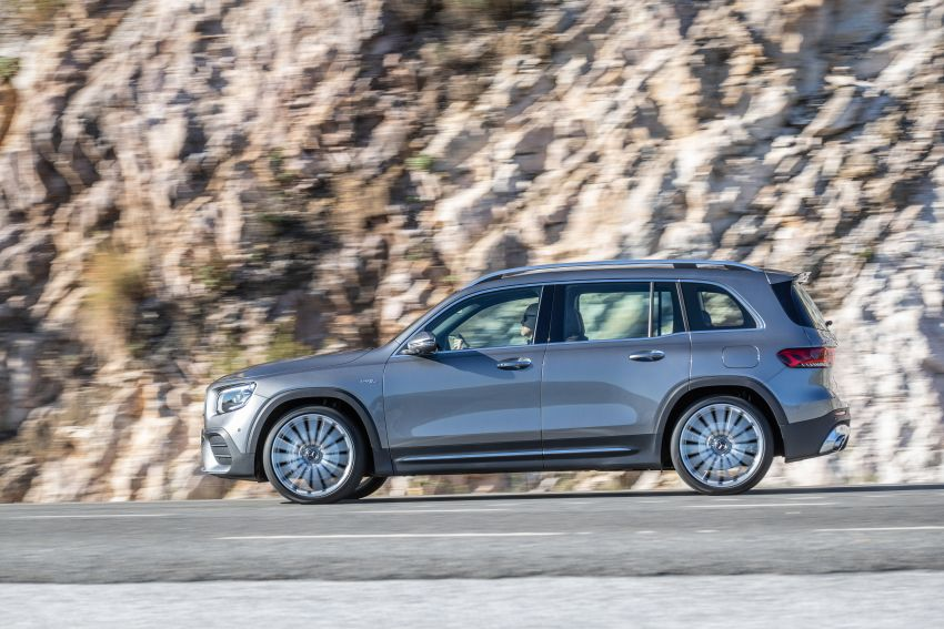 X247 Mercedes-Benz GLB coming to Malaysia in 2020 – all you need to know about the 7-seat compact SUV Image #1051812