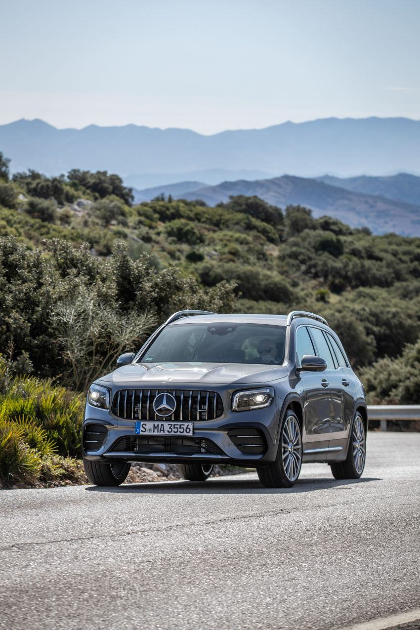 X247 Mercedes-Benz GLB coming to Malaysia in 2020 – all you need to know about the 7-seat compact SUV Image #1051814