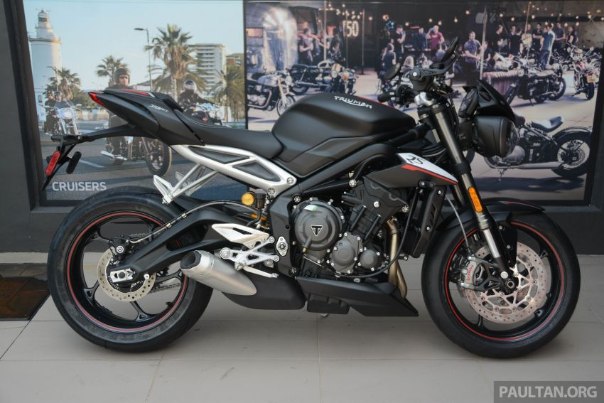 REVIEW: 2020 Triumph Street Triple 765RS naked sports – more of the same, but better, at RM67,900 Image #1054609